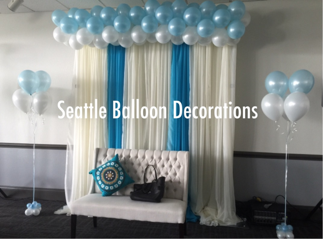 Cloud and rain drops balloons seattle balloon decorations for Cloud centerpieces